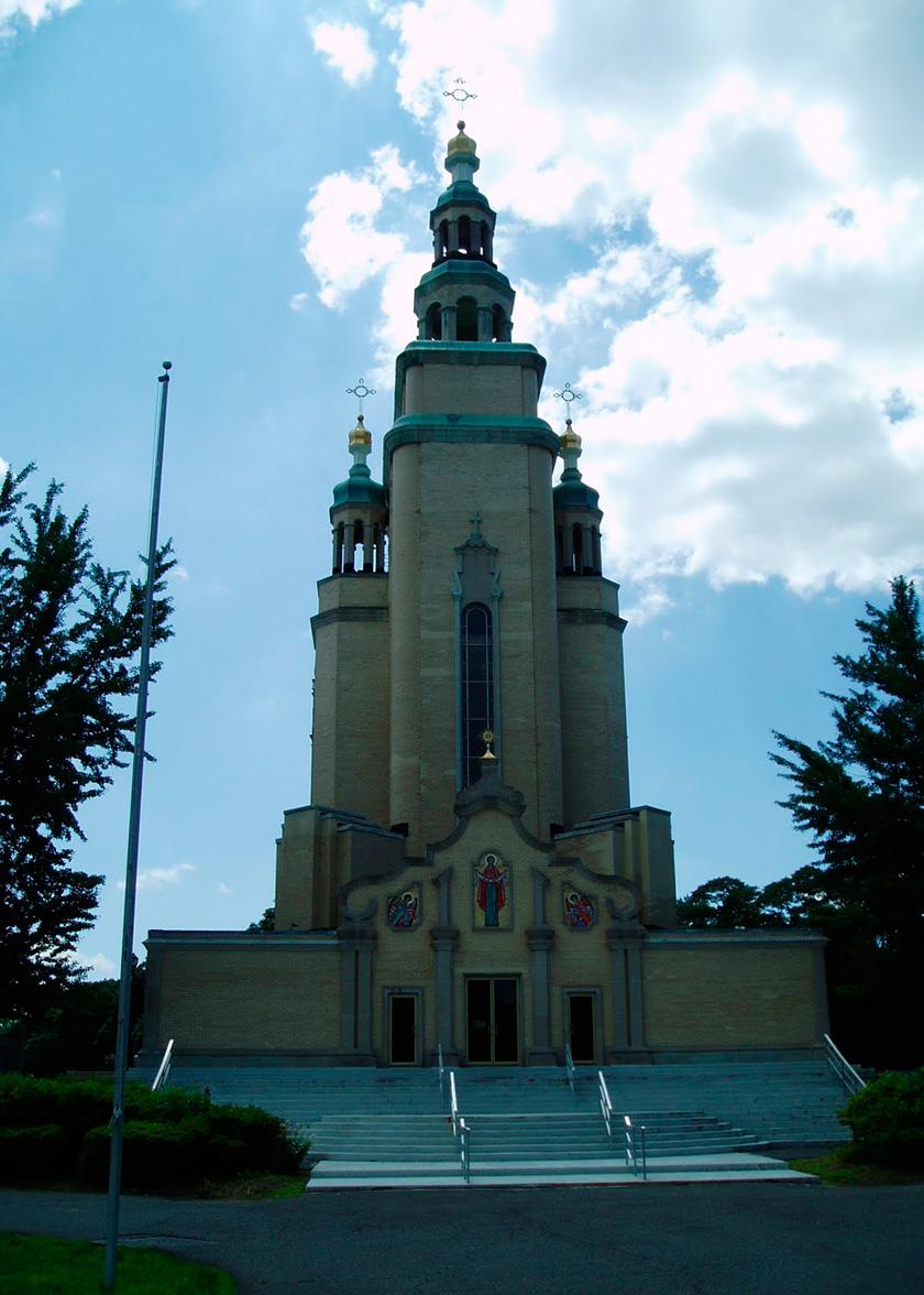 Церква-монумент святого Андрія Первозванного