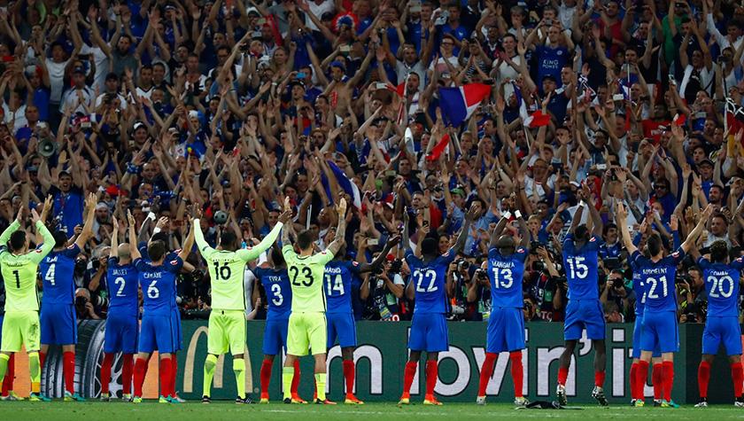 Французька збірна дякує фанам за підтримку