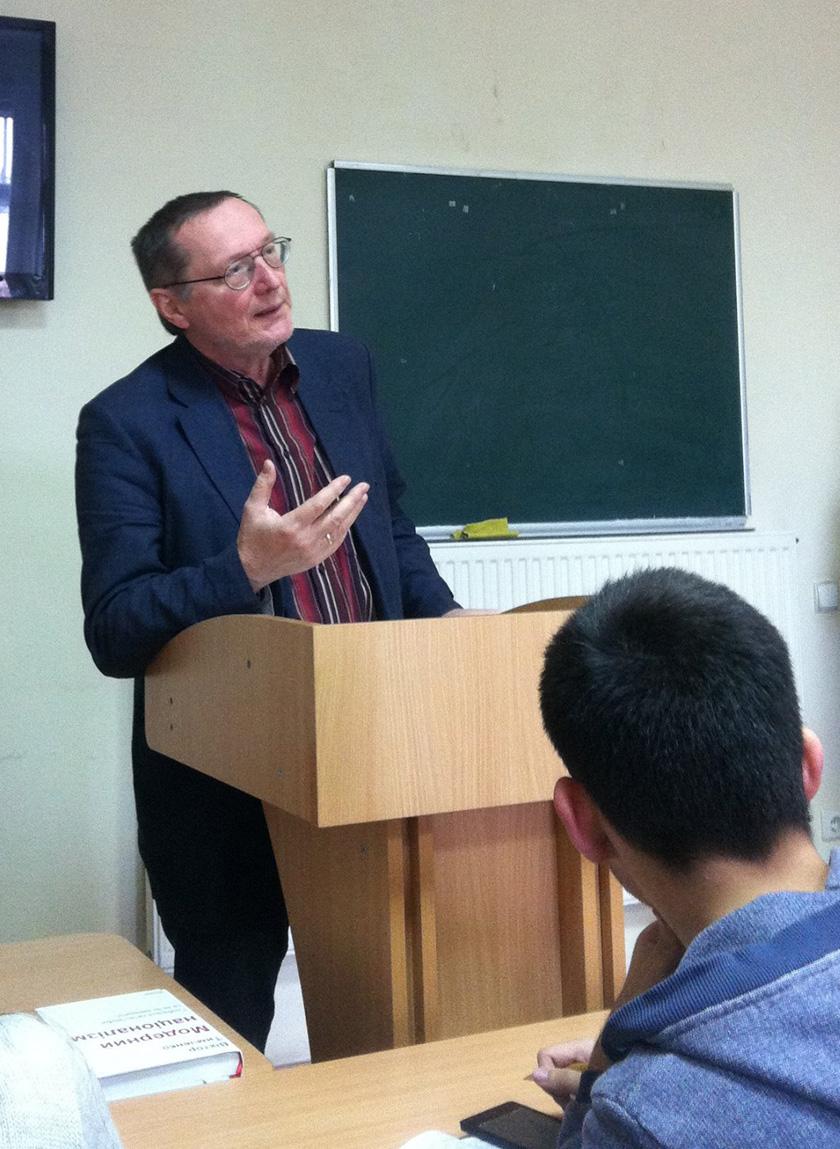 Віктор Тимченко під час зустрічі зі студентами факультету журналістики ЛНУ імені Івана Франка