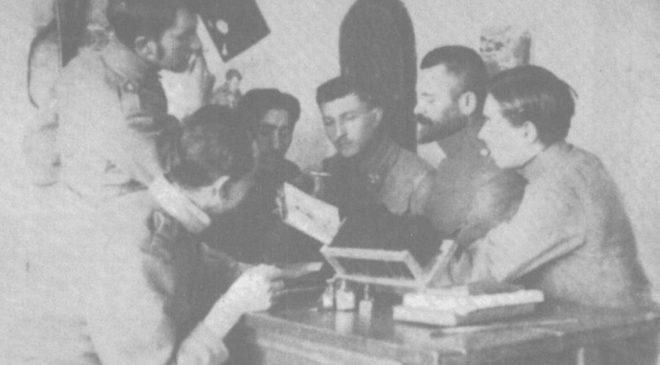 Іван Боберський у пресовій квартирі УСС