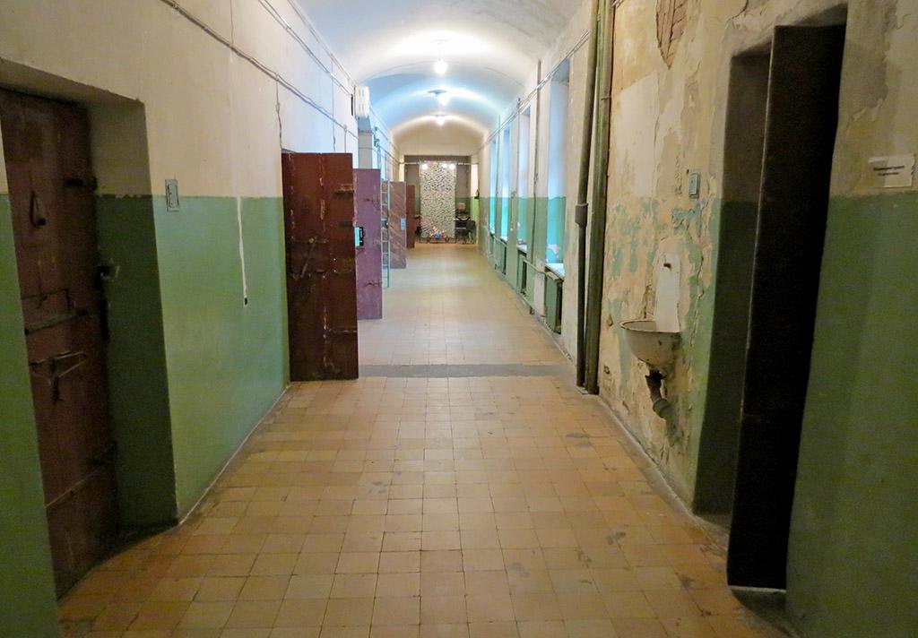Тюремний коридор