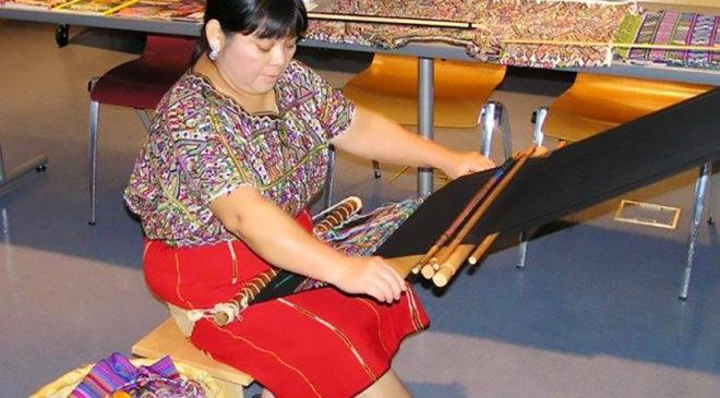 Шеба Веласко в музеї корінних американців у Вашингтоні