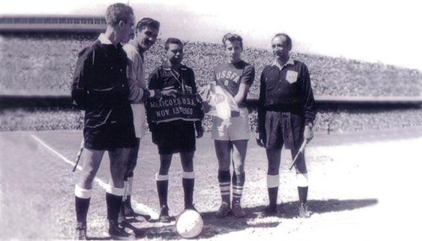 Український козак американського футболу