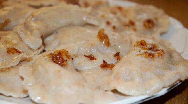 Вареники (пироги) з гречкою та картоплею