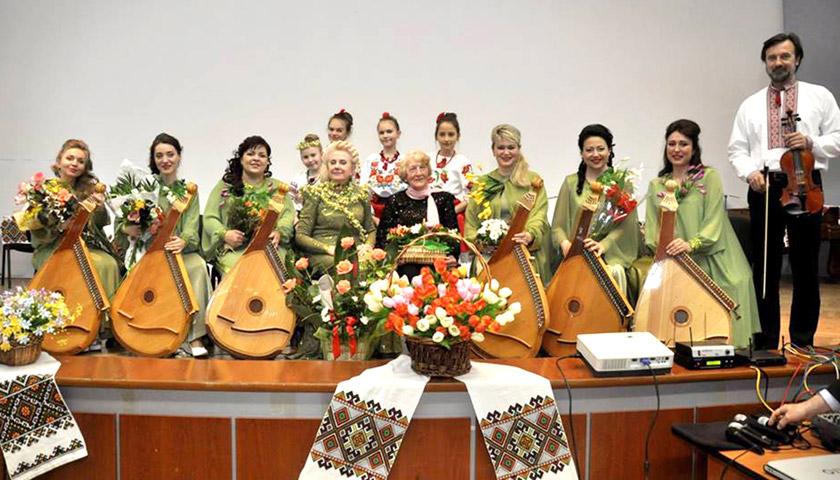 «Червона калина» – барвиста сторінка української пісенної культури