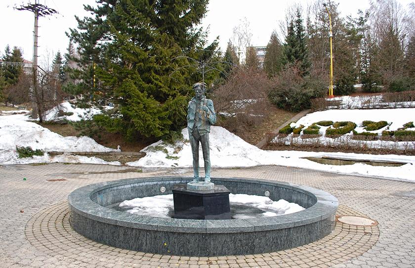 пам'ятник-фонтан 2