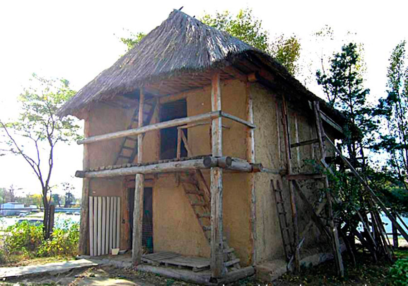 Модель трипільского будинку в натуральну величину