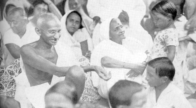 Ганді і Кастурбай з дітьми Харіджана