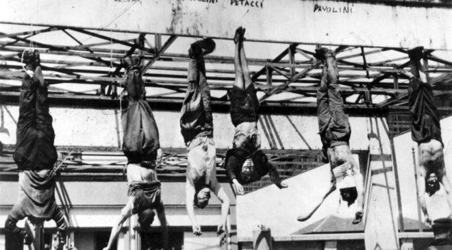 Тіла Беніто Муссоліні та інших його поплічників