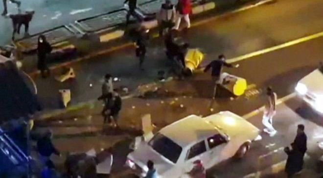 Насильство на вулицях іранських міст