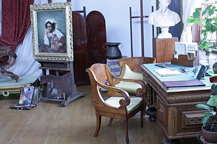«Верхній» кабінет квартири Тараса Шевченка