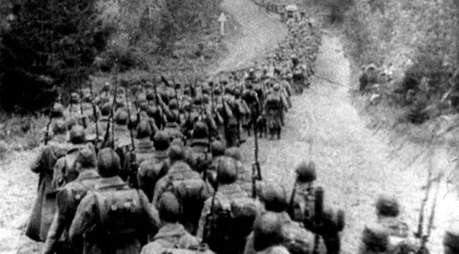 Вторгнення СРСР в Польщу