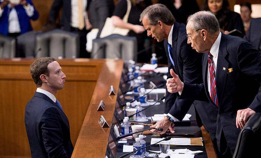 Марк Цукерберг в Сенаті