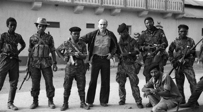 Ришард Капусцінський в Анголі