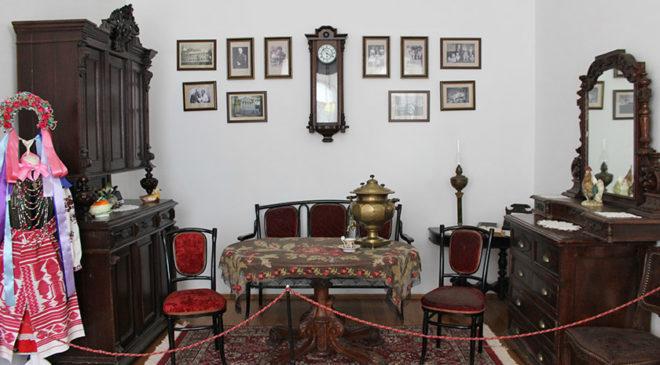 Кочубеївська вітальня