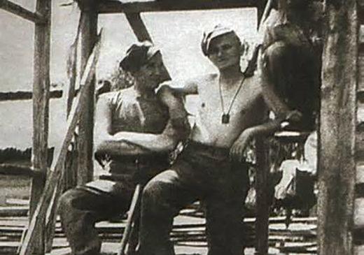 Кароль Войтила під час військових зборів