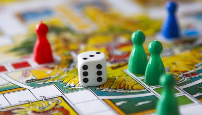 Настільні ігри: живе спілкування та розвиток мислення