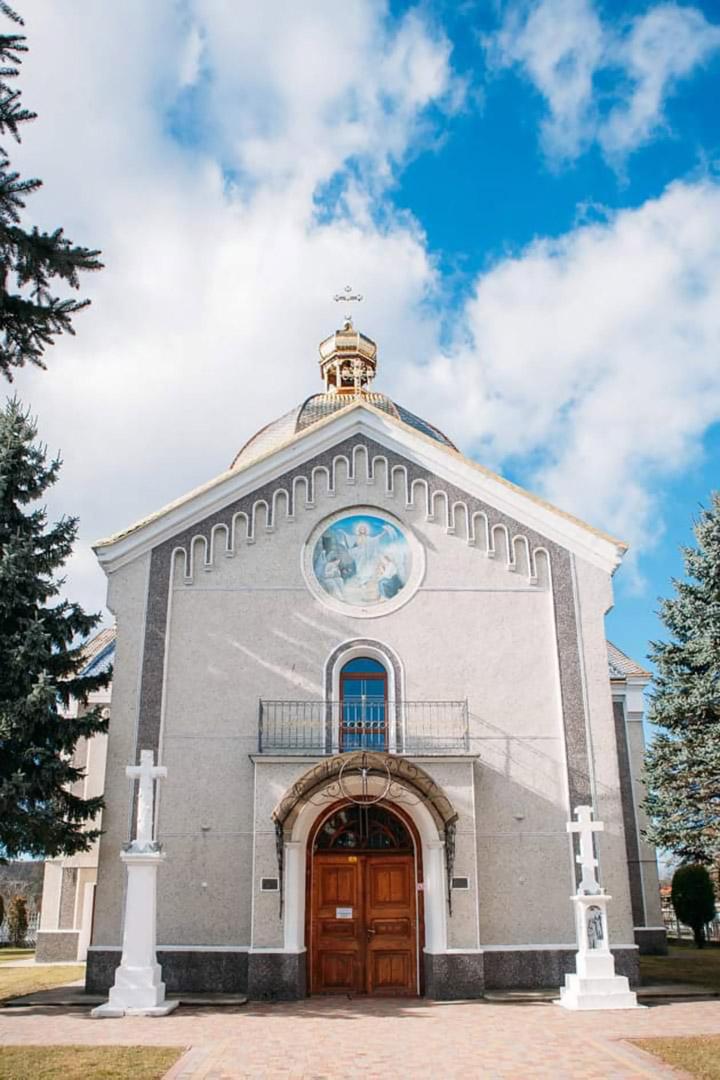 Церкви Воскресіння Господнього (м. Жидачів)