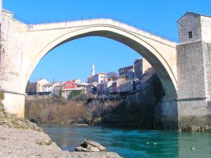 bosnia-mostar-bridge2